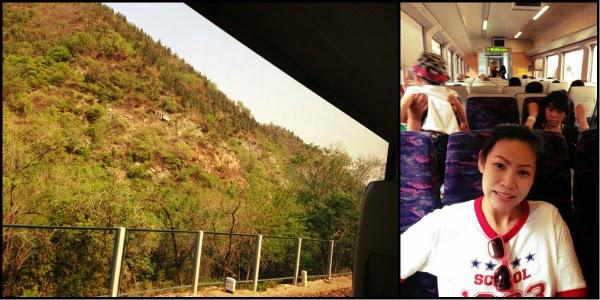 บรรยากาศระหว่างเดินทาง จะเห็นกำแพงเมืองจีนโผล่มาเป็นครั้งคราว